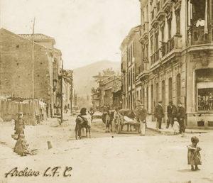 Avenida de Sama (Cruce de Requejo a principios del siglo XX)